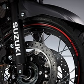 Front Wheel Decal, Red V-Strom